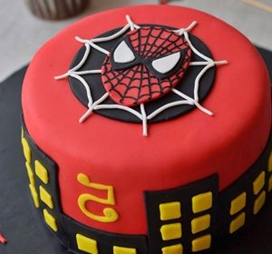 tarta de superheroes spiderman
